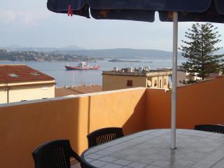 Appartamento con vista mare, La Maddalena