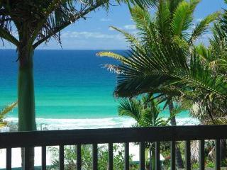 The Ultimate Beach House - Noosa, Sunrise Beach