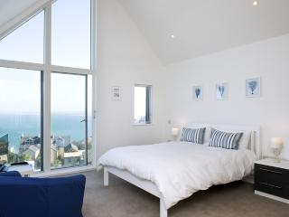The Penthouse, 11 Salt located in St Ives, Cornwall, St. Ives
