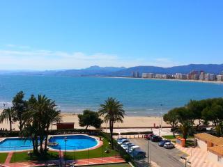 Apartamento  1ªlínea con piscina  en Cullera