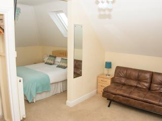 Sun Haven Luxury Apartment - Second floor, Bournemouth