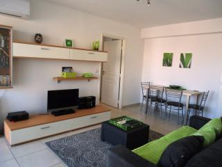 Antibes Plaza - boutique apartment near Antibes Old Town