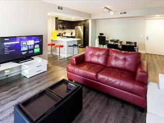 Santa Monica: Corporate and Vacation Suites - 2 bedroom