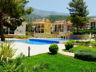 Dream Villa, Hisaronu