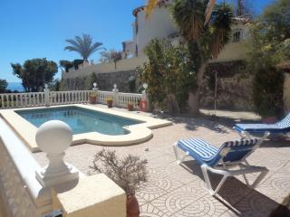 POOL  WI FI  UK TV  -   5 BEDROOMS  - SLEEPS 10/12, Calpe