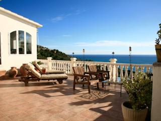VILLA WITH MAGIC VIEW  AND PRIVATE POOL