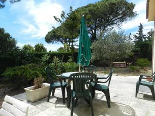T2 - 45m², plain pied de villa + piscine & jardin, Frejus