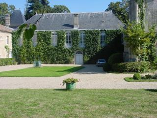 Great character house with pool and tennis, Sainte-Eulalie