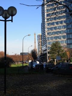 close to Javel street
