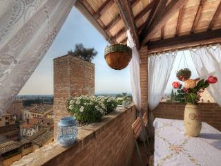 SPELLO HOUSE Altana Shabby Chic Charming Suite, Spello