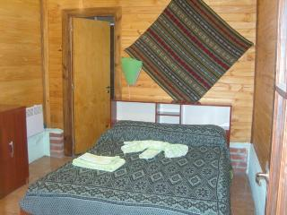 Double rooms with private bathroom, Coronel Moldes