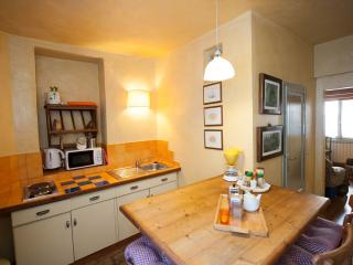 Del Bologna - Quiet penthouse with sleeping loft, Florence