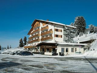 Sunny equipped apartment for real ski lovers !, Bressanone (Brixen)