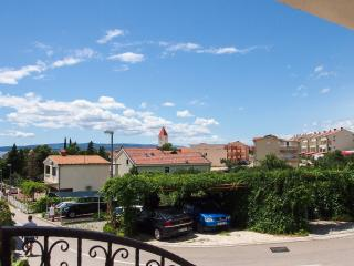 100 m from the beach, New Apt. for 6!, Promajna