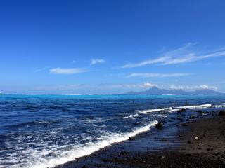 Le bord de mer, le lagon et Moorea