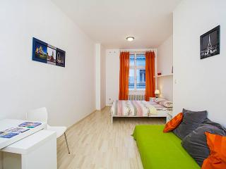 Beautiful flat in Old Town A12, Prague