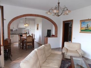 Porzione di Casale in Maremma, Magliano in Toscana