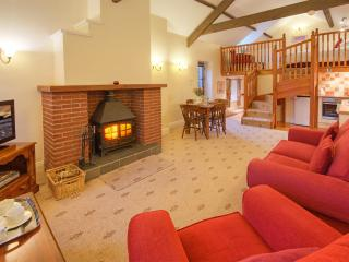 Rose Cottages - Hayloft, Stable & Old Barn, Embleton