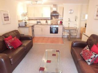 Tenby Town 4* Apartment - 9 Royal Victoria Court