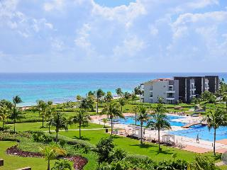 Adorable penthouse with amazing ocean view, Playa del Carmen