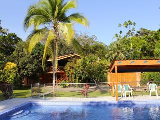 Pool, AC, Beach,  Family Getaway - Margarita, Cocles