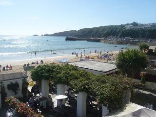 Sea Front Apartment - Spectacular Coastal Views, Saundersfoot