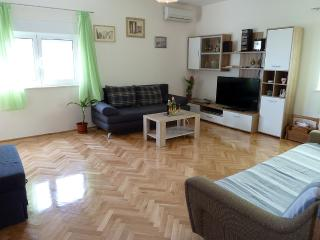 2bedroom apartment Ivica near Trogir town center