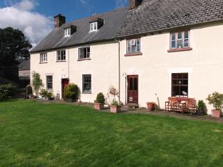 Pen-y-dre, self-catering cottage on working farm.