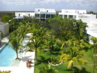 Casa Sak Tuunich Tulum in Luxury Condo