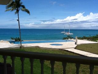 Luxury 2BR Oceanfront Condo at Hispaniola Beach, Sosua