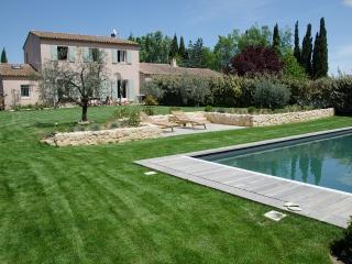 Campagne, piscine, 5km du centre, Aix-en-Provence