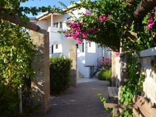 Apartment 90sqm , Faliraki,Rhodes, sleeps 4+2