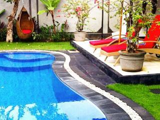 Bali Seminyak best deals 175 USD Sept-oktober l