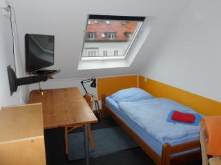 200single-room.Wi-Fi.kitch.pricemightbedifferent., Hanovre