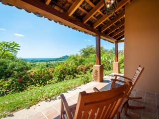 "Villa Palermo-2 suites, oceanview, 40"" TV, pool, San Juan del Sur"
