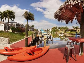Villa Savona, pool, and sail boat access to Gulf, Cape Coral