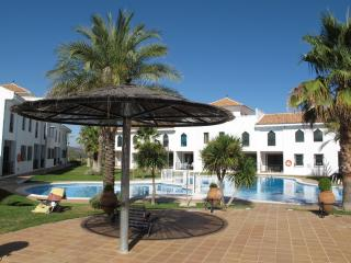 Apartment with pool in Iznalloz, Granada