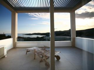 Holiday House, Sounio