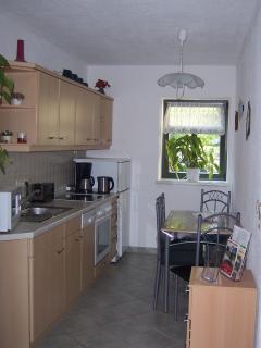 Küche/ kitchen - komplett eingerichtet, incl. Waschmaschine