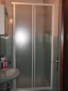 A1(5): bathroom
