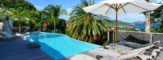 Villa La Desirade 2 Bedroom (Situated On The Hillside Of Saint Jean. It Offers