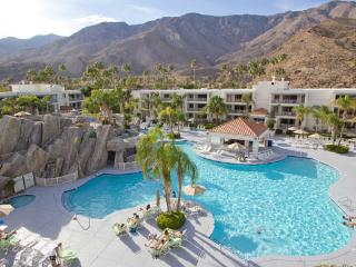Palm Canyon Resort - Palm Springs, CA