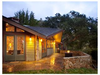 Private Craftsman Bungalow between Carmel & Big Sur with Ocean View & Firepit