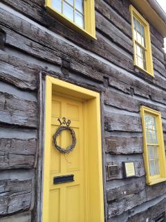 *New Listing* Historic Gettysburg Log Cabin
