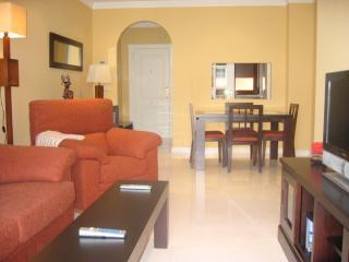 Apartamento lujo 2 dorm. Playa Granada Motril
