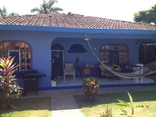 Casa Soli A large private home, Off season rates !, Jaco