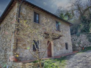Monterinaldi, Lucarelli