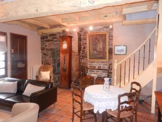 Le Jerzual - Beautiful cottage in Dinan (B005)