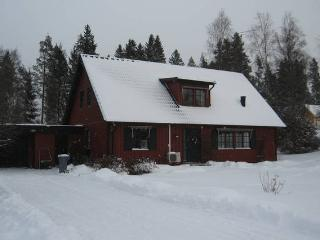 Spacious loft close to beautiful lakes, Klavrestrom