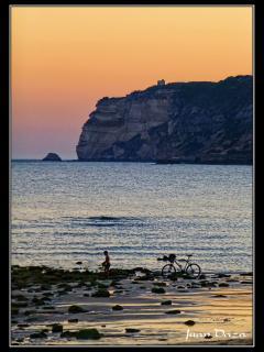 Acantilados playa hierbabuena